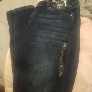 Brand new high waisted jeans